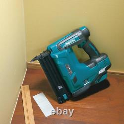 Makita Cordless Brad Nailer 18 V Lithium-Ion 18-Gauge Rubber Bumpers (Tool-Only)