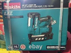 Makita Straight Finish Nailer 2-1/2 in. 18V LXT Lithium-Ion Cordless (Tool Only)