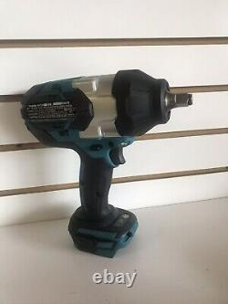Makita XWT08 Lithium-Ion Brushless Cordless Drive Impact Wrench (1/2) 18V